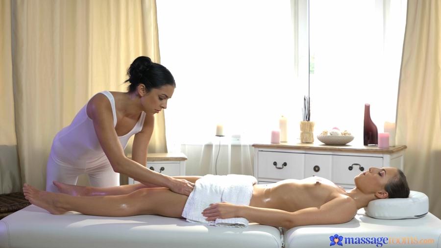 [MassageRooms.com / SexyHub.com] Foxxi Black & Kristy Black (Orgasmic fucking for hot lesbians / 09.12.2017) [Lesbian, Wet, Massage, Oil, Pussy Licking, Pussy Fingering, 1080p]