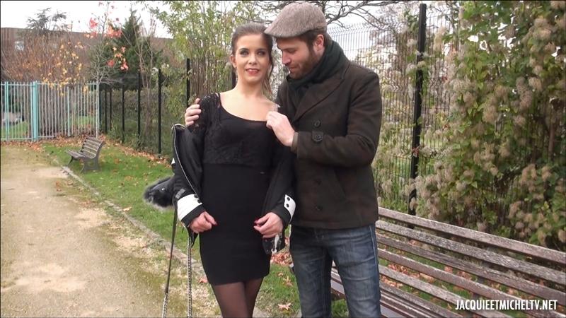 [JacquieEtMichelTV.net / Indecentes-Voisines.com] Camille (Camille, 23ans, première fois avec trois mecs / 22.12.2017) [Blowjob, Stockings, Gang-Bang, Group, Hardcore, 1080p]