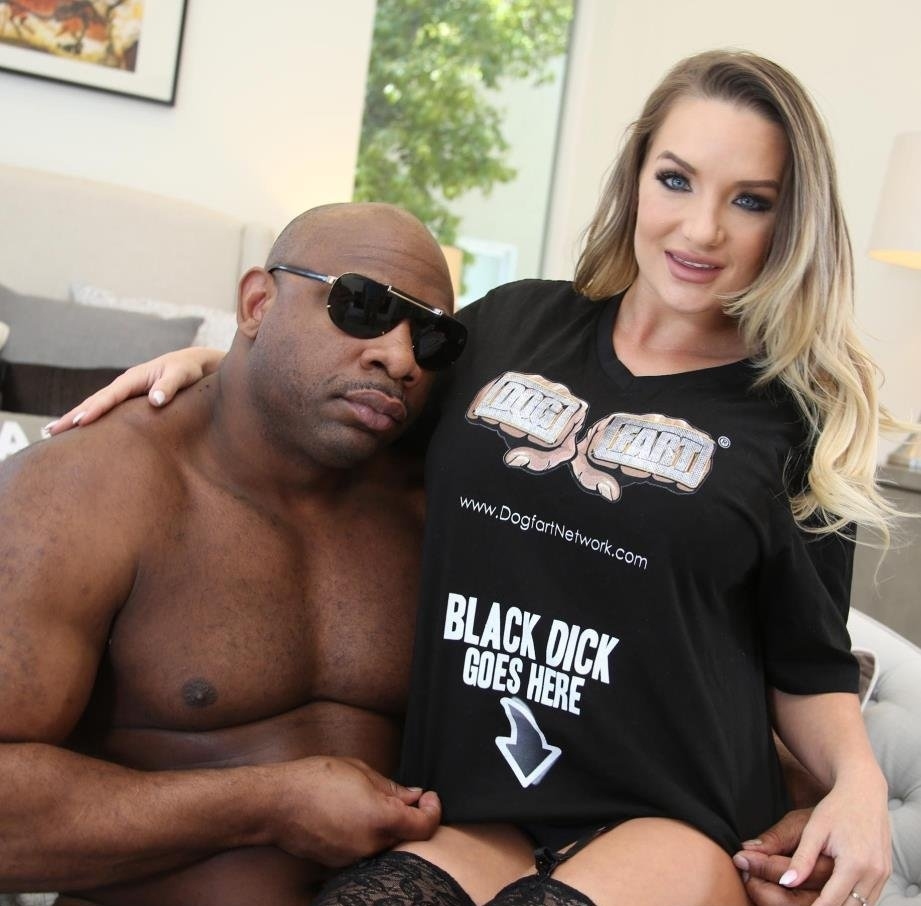 [BlacksOnBlondes.com / DogFartNetwork.com] Cali Carter - And Monster Big Black Cock Devin King (27.03.2018) [2018 г., IR, Big Black Cock, Rimming, 1 on 1, Big Tits, Blonde, Pantyhose / Stockings, Petite, Shaved, Swallow, Tattoos, 720p]